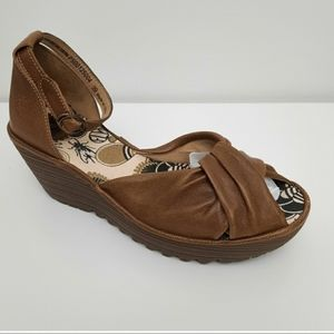 FLY LONDON Yoel Leather Knot Wedge Sandals Heels